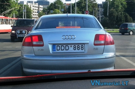 DDD888
